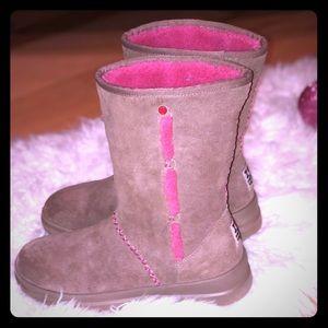 Authentic, Rare & Super-cute  ' I ♥️ Ugg' boots.